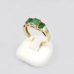 Arany gyűrű smaragddal (Au327GT)