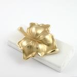 Arany kitűző