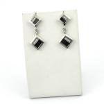 Stahl ezüst fülbevaló