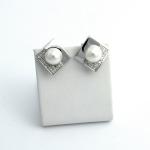 Golay fehér arany gyémánt fülbevaló akoya gyönggyel(Au2334GT)