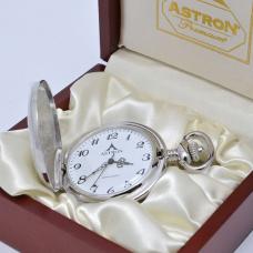 Astron zsebóra (R2004GT)